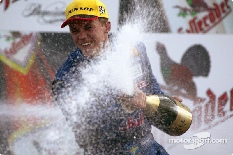 Mattias Ekström en el podio