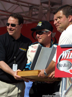 Rudd Gets Iron Man Award from his Texaco sponsor