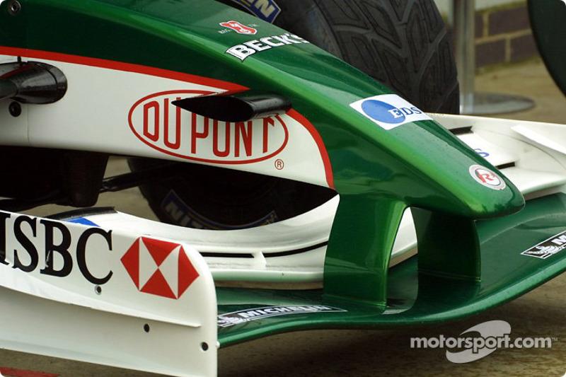 Jaguar front wing