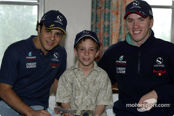 Visita al Hospital Infantil de Sainte-Justine en Montreal: Felipe Massa y Nick Heidfeld