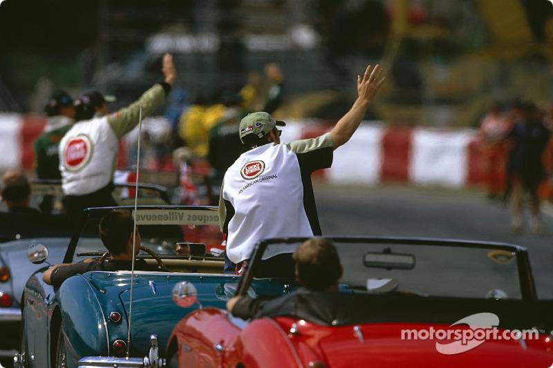 Desfile de pilotos: el héroe local, Jacques Villeneuve