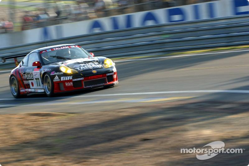 El Porsche GT3-RS del Equipo Taisan Advan