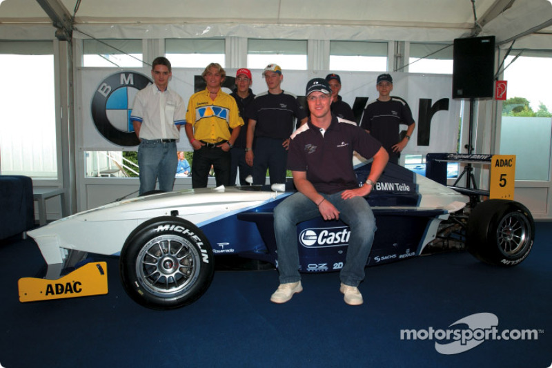 Ralf Schumacher with drivers of the Formula BMW ADAC championship
