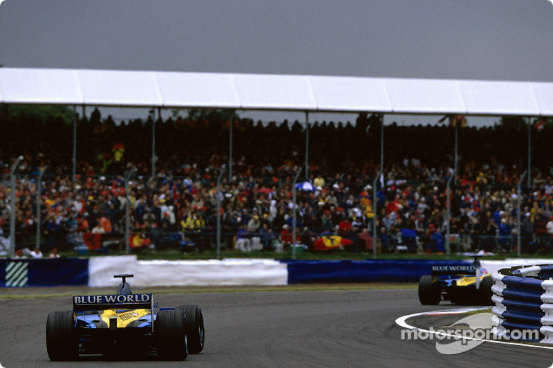 The two Renault F1s