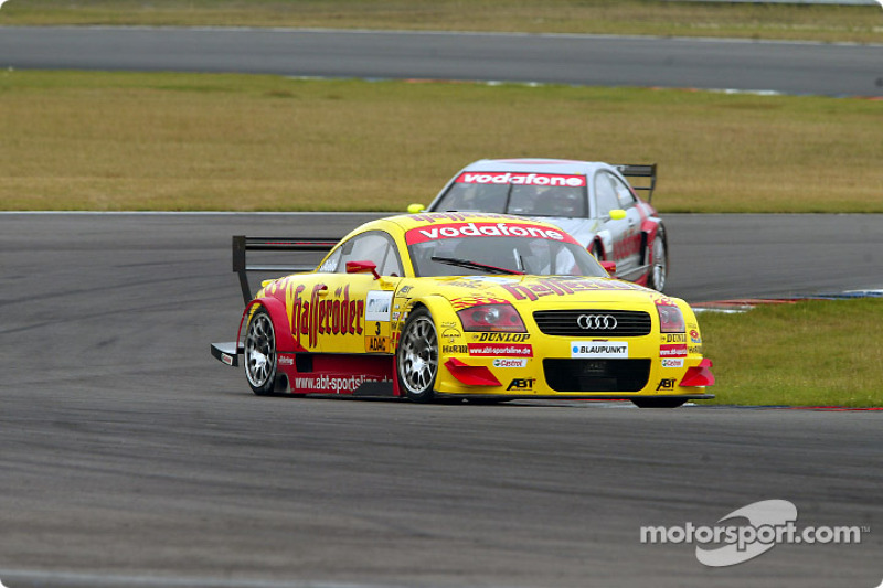 Qualifying race: Laurent Aiello leading Bernd Schneider