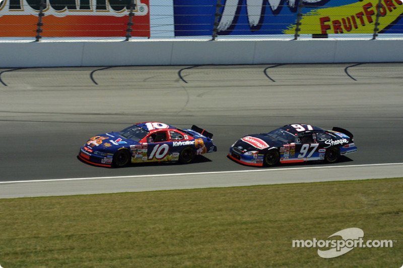 Mike Wallace y Kurt Busch