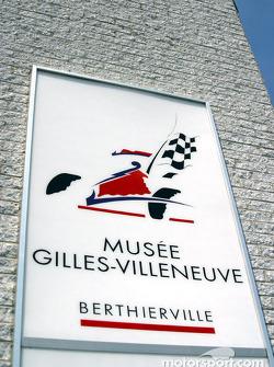 Visit to Gilles Villeneuve Museum in Berthierville on the way to Trois-Rivières