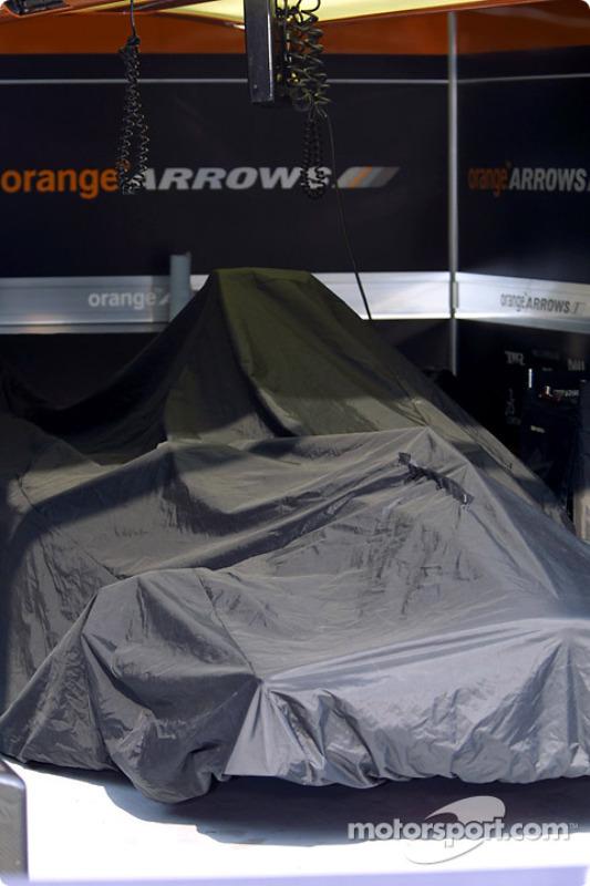 Garage Arrows