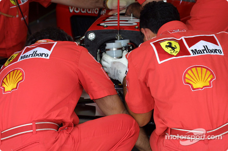 Ferrari team gets ready for practice