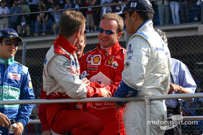 Desfile de pilotos: Allan McNish, Rubens Barrichello y Juan Pablo Montoya