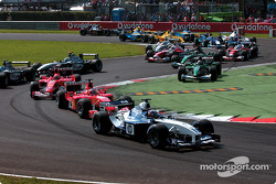 The start: Juan Pablo Montoya in front of Rubens Barrichello and Michael Schumacher