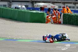 Sergio Fuertes crashes