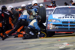 Two tire stop for Jimmy Spencer