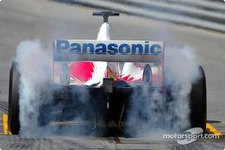 Olivier Panis queima pneus