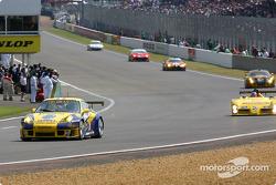 #75 Thierry Perrier Porsche 911 GT3 RS: Michel Neugarten, Nigel Smith, Ian Khan