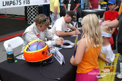 Autograph session: Melanie Paterson and Jason Workman