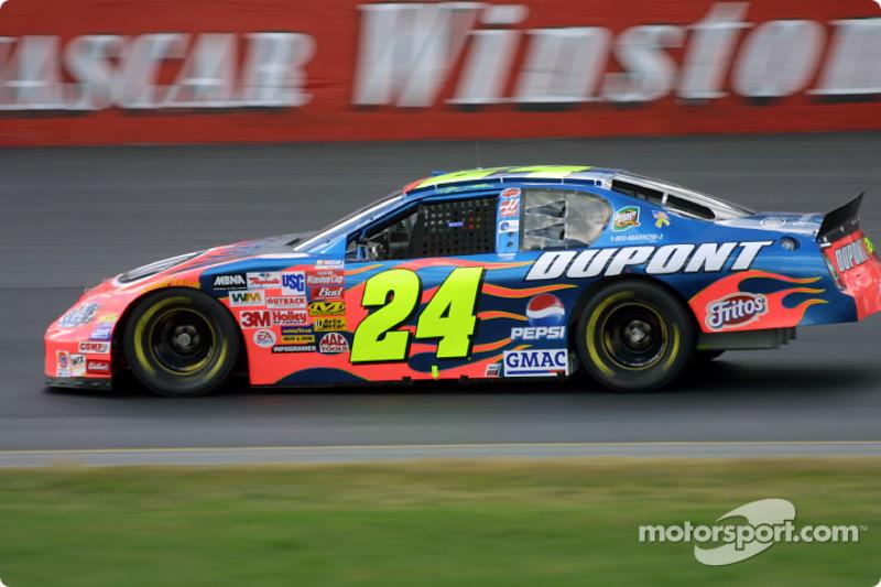 Jeff Gordon at Loudon - NASCAR Sprint Cup Photos