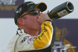 GTS podium: champagne for Johnny O'Connell
