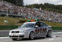 Audi RS6 DTM safety car