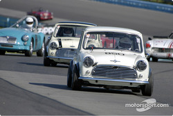 #850 1965 Morris Cooper leads group 1 through the esses
