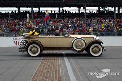 Drivers parade: Giancarlo Fisichella and Ralph Firman