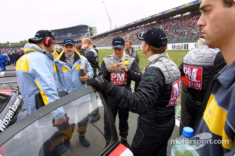 Timo Scheider on the starting grid