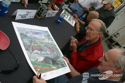 Autograph session: Howard Katz and Jim Downing