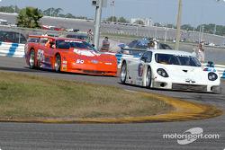 #7 PAP Parts BMW Fabcar: Duncan Dayton, Steve Southard, Chip Vance, et #50 Team Amick Motorsports Corvette: David Amick, Lyndon Amick