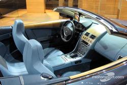 L'intérieur de la DB9