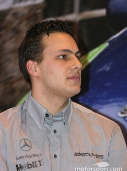 Interview de Gary Paffett sur la scène Motorsport News