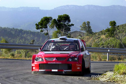 Жиль Паницци и Джанлуиджи Галли тестируют Mitsubishi Lancer WRC04