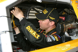 Matt Kenseth gets ready for practice