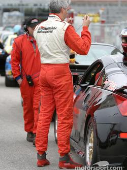 Michiel Schuitemaker se prépare pour la course