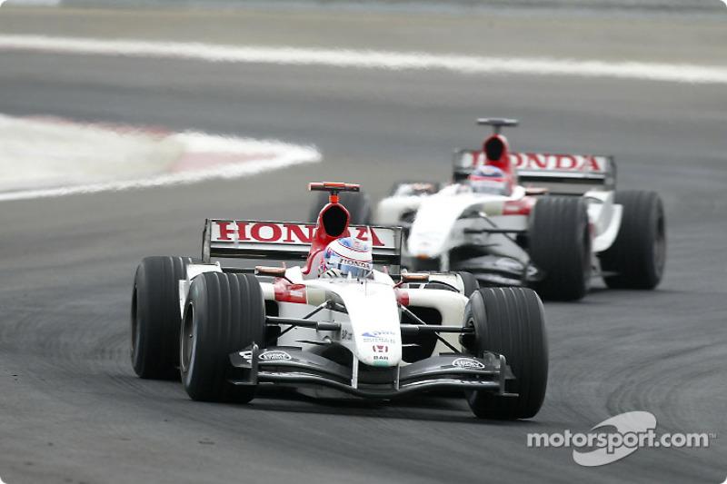 Jenson Button, BAR 006