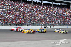 Ricky Rudd and Derrike Cope race for position