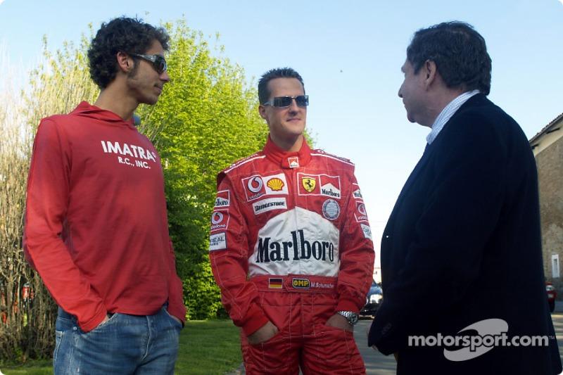 Valencia 2006: Valentino Rossi met Michael Schumacher en Jean Todt
