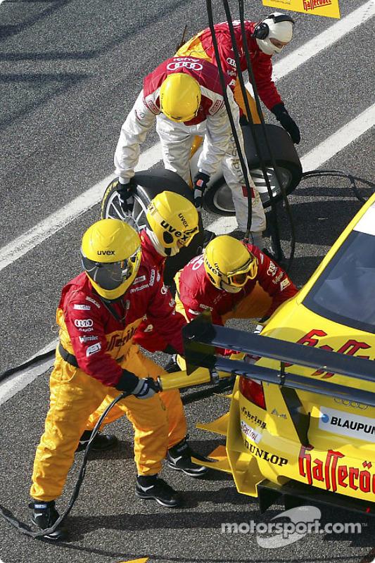 Boxenstopp-Training: Tom Kristensen, Team Abt Sportsline, Audi A4 DTM 2004