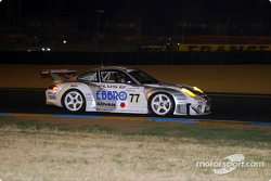 #77 Choroq Racing Team Porsche 911 GT3 RSR: Kazuyuki Nishizawa, Haruki Kurosawa, Manabu Orido