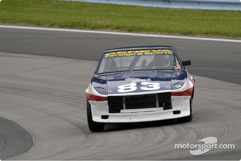 Datsun 240Z in turn 7