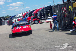 Jeff Gordon out with blown engine