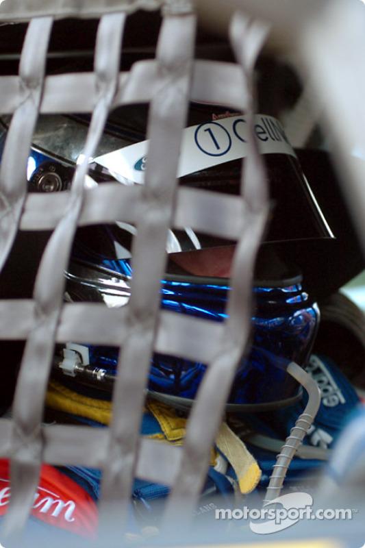 Paul Radisich se concentre avant de prendre la piste en SuperPole