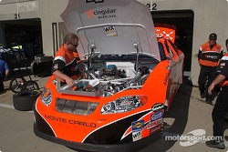 The Cingular Wireless Chevy team gets ready for Friday's practice