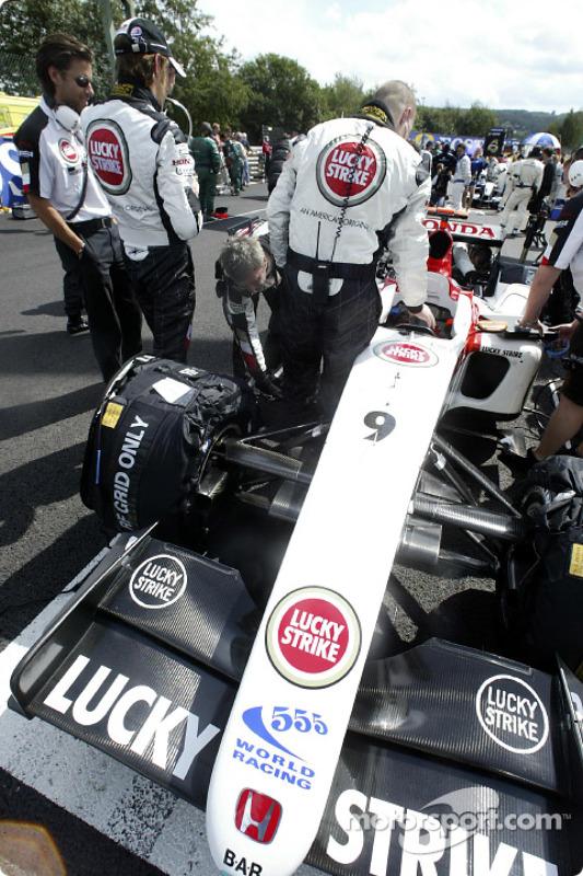 Jenson Button en la parrilla de salida