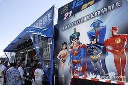 Justice League souvenir trailer