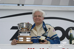 Collier Cup presented to Dick Powers