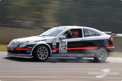 Peter Lockhart (n°03 Mercedes-Benz C230 Coupe)