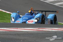 La Zytek - O4S n°69 Team Jota : John Stack, Sam Hignett, Gianni Collini