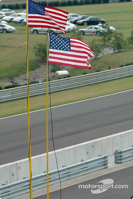 Drapeaux américains au Barber Motorsports Park