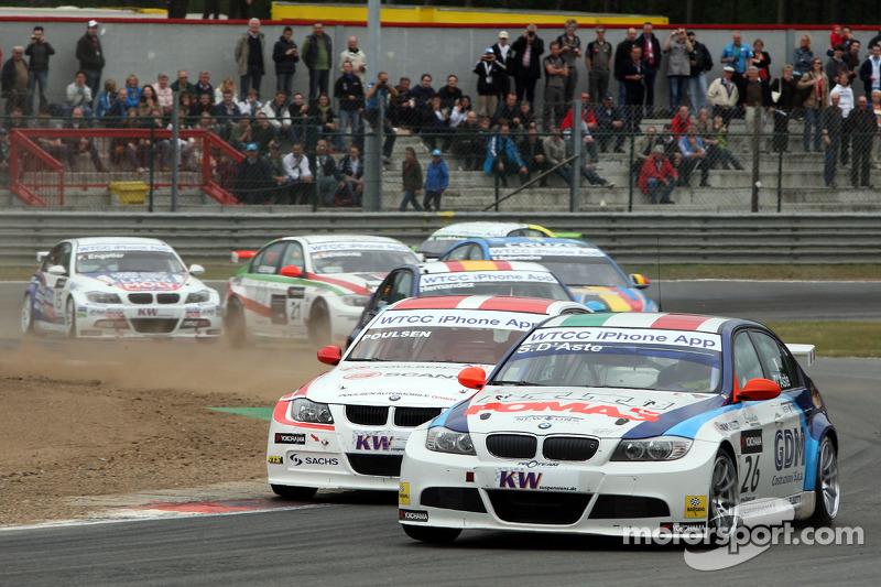 Stefano D'Aste, BMW 320si en Kristian Poulsen, Poulsen Motorsport, BMW 320si