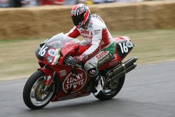 1998 Honda RC45: Mick Loughlin